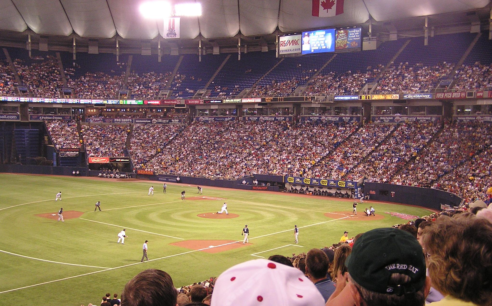 The Metrodome, from the 3rd base side